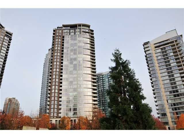 TWO PARK WEST   --   583 BEACH CR - Vancouver West/Yaletown #1