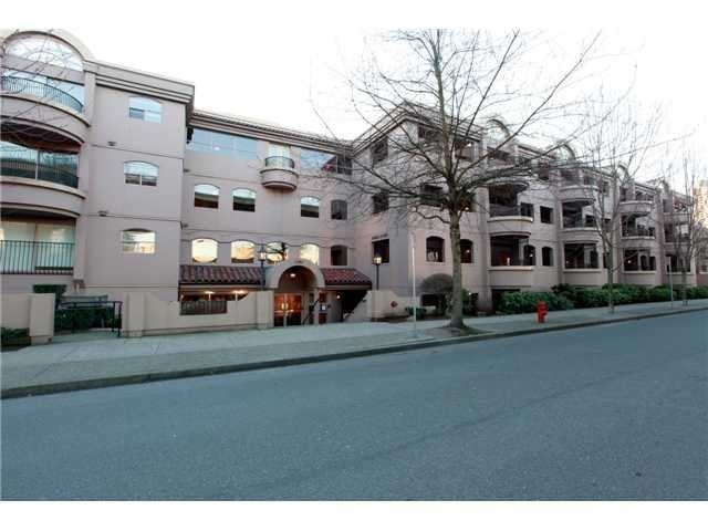 VENICE COURT   --   1869 SPYGLASS PL - Vancouver West/False Creek #1