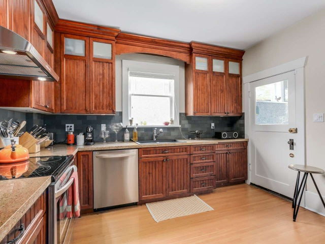 356 W 13TH AVENUE - Mount Pleasant VW House/Single Family for sale, 3 Bedrooms (R2054849) #10