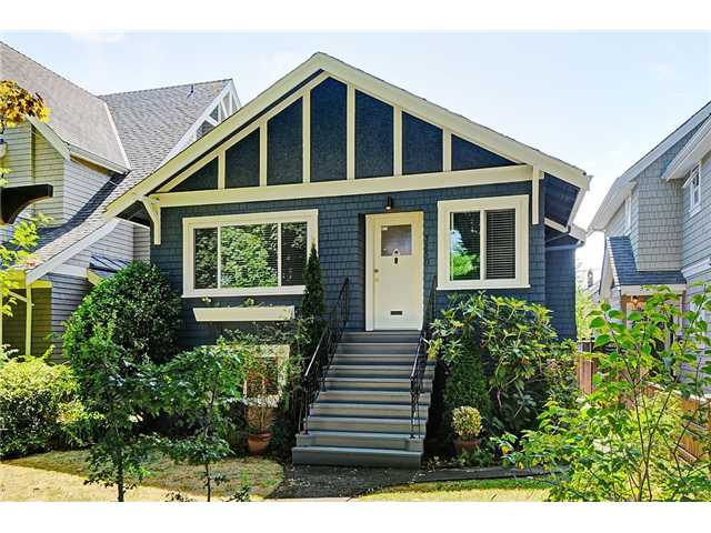 3250 W 6TH AV - Kitsilano House/Single Family for sale, 3 Bedrooms (V1020426) #1