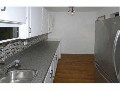 # 301 3901 CARRIGAN CT - Government Road Apartment/Condo for sale, 2 Bedrooms (V993954) #6